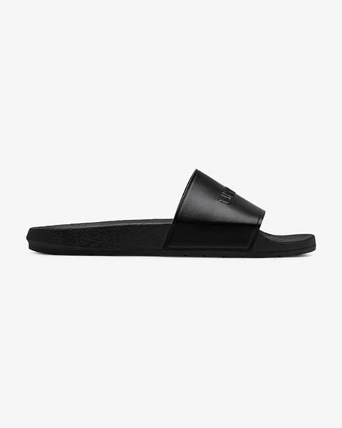 Čierne sandále Under Armour