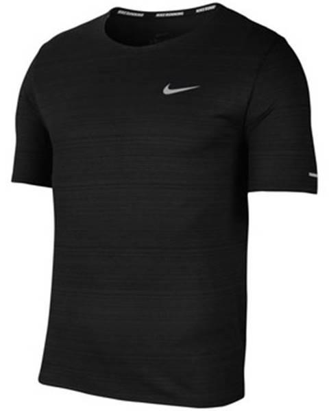 Čierne tričko Nike