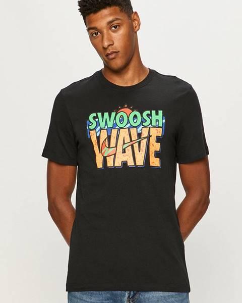 Čierne tričko Nike Sportswear