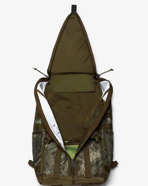 Zelený batoh Nike