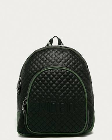 Čierny batoh nobo