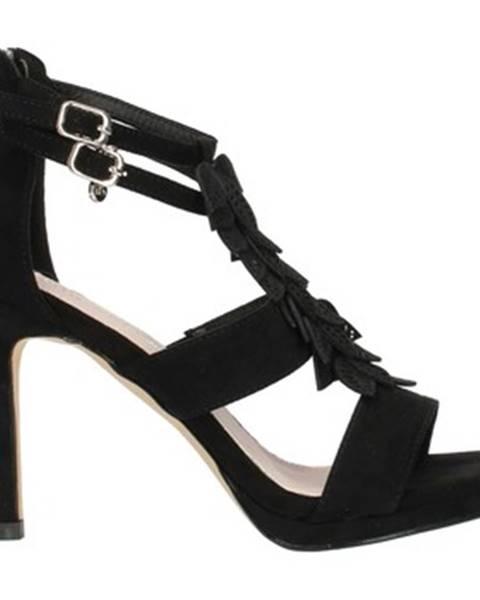 Čierne sandále Xti