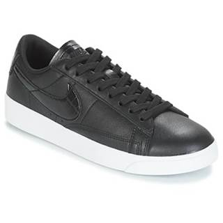 Nízke tenisky Nike  BLAZER LOW ESSENTIAL W