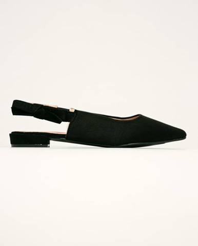 Čierne balerínky Answear