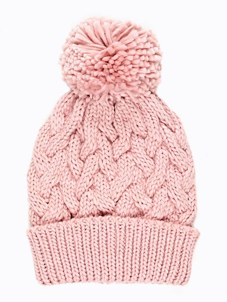 Pletená čiapka s brmbolcom