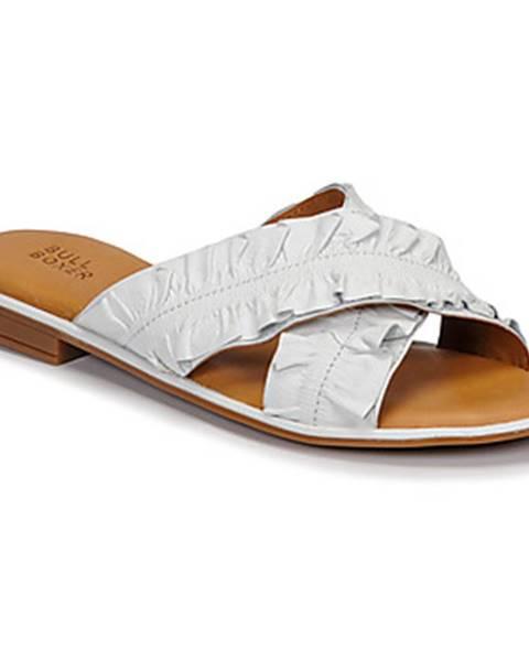 Biele sandále Bullboxer