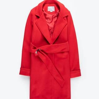 Kabát s opaskom s kovovou prackou