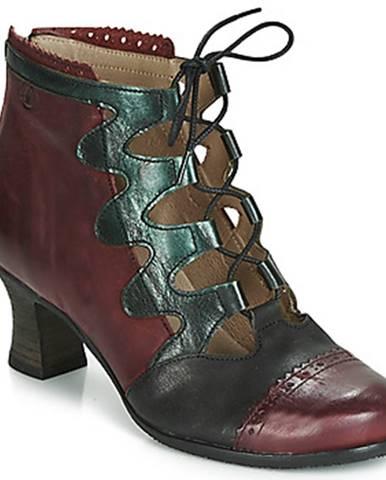 Červené topánky Casta